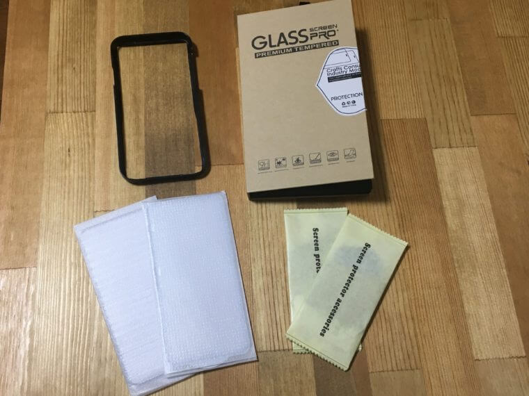 iPhone XRの強化ガラスフィルム