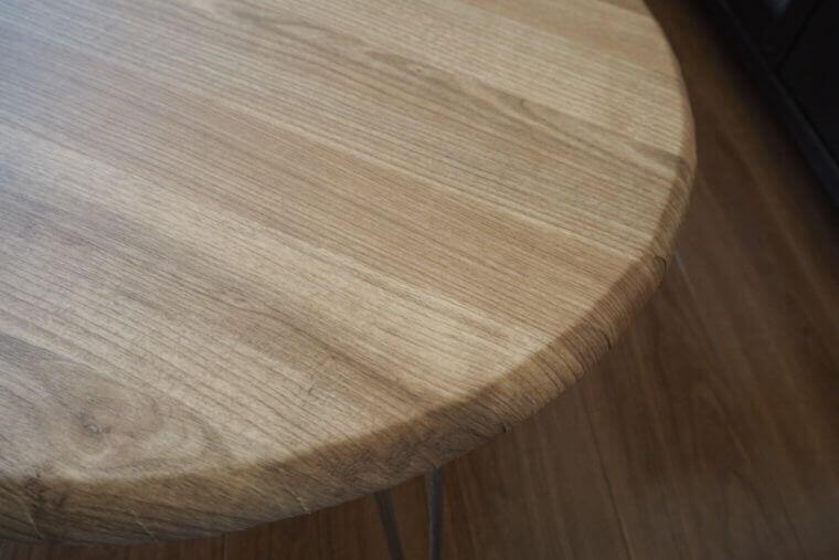 リメイクシートにシワが寄ってしまった丸テーブルの曲面